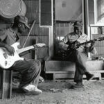 Mississippi Sheiks – Sitting On Top of the World (1930)